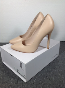 Size 9 nude pumps by Signature, with box