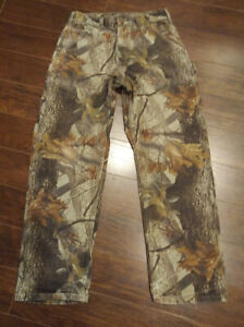 Mens Carhartt Real Tree Camo Work Pants / Jeans Size 32 x 32