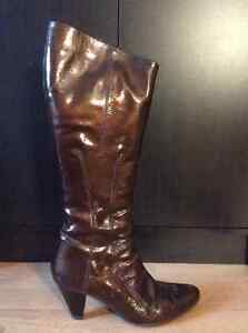 Feet first metallic brown boots size:7
