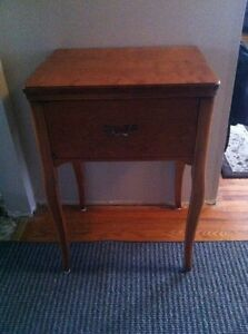 Beautiful Vintage Sewing Table repurposed for Entrance Table Belleville Belleville Area image 1