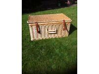 Large wicker toy box / picnic hamper