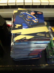 NEW 2017 /18  TIM HORTONS HOCKEY CARDS