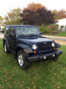 2013 2 Door Jeep Wrangler Sport 4 x 4 Automatic