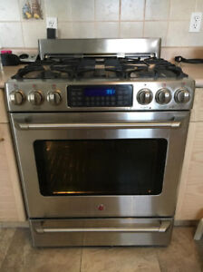 GE (General Electric) Oven