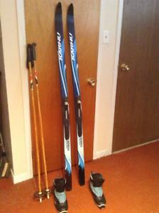 Ski de fond 75$ - botte 25$