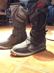 Youth dirtbike boots, brand new
