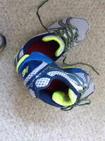 NEW BALANCE Running Shoes Size 10 Wide (never used)