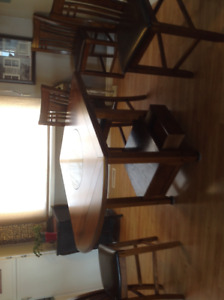 5 pc Dining Table Set(Sorry about pictures being sideway)