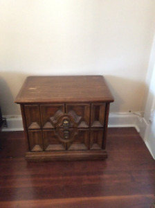 Solid Wood Four Drawer High Boy Dresser and Night Table.