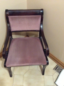 Super Accent Chair Buy Or Sell Chairs Recliners In Toronto Theyellowbook Wood Chair Design Ideas Theyellowbookinfo