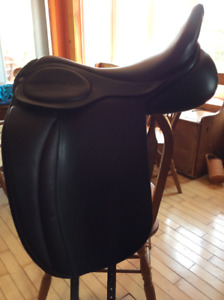 Dressage saddle Hulsebos