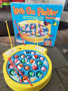 LET'S GO FISHIN Vintage 1997 Board Game with original Box