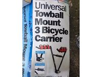 Tow bar cycle carrier for 3 bikes
