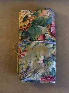 Toiletry Bag 2 different ones London Ontario image 2