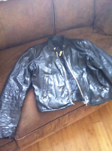 MEN'S SMALL LEATHER BIKE JACKET