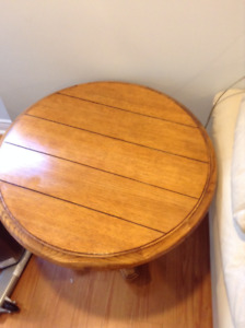 2 Wooden End Tables