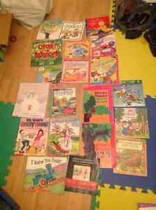 Lot of various books Robert munsch. Franklin, etc