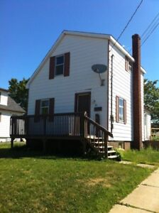 83 ATKINSON AVE $900 MONTHLY 2 BEDROOMS RENT TO OWN OPTION