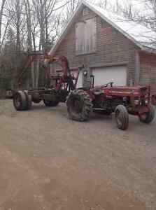Tractor1975 MF135 UK Diesel, Power Trailer with Nokia 2500A Load