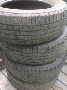 4 MICHELIN latitude 225-65-R17