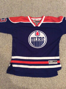 Mint Condition Youth XL Oilers Jersey