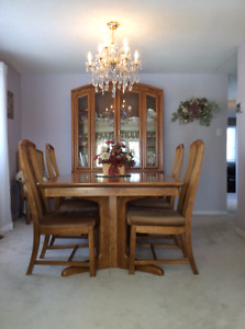 Dining Room Set Oak With Cabinet