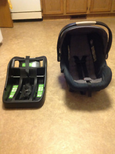 Ed Bauer Infant Car Seat And Base