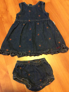2 Piece Baby Girl dress, size 12 months