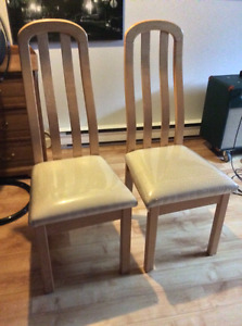 6 chaise de cuisine de qualité en erable couleur  bois naturel