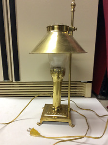 Vintage table lamp works great