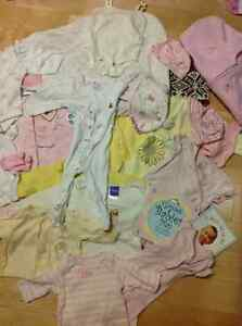 BRAND NAME CLOTHES MOSTLY GAP SIZE 0-3 MONTHS