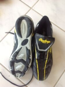SHOES--RAWLINGS SPORTS CLEATS-- brand new-- size 8--$10