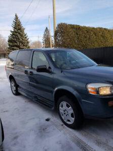 Chevrolet uplander 2006, mobilier réduite savaria! 5500$