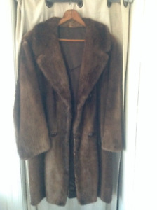 Vintage Fur Coat for Men size 40 in great condition