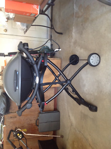 Weber Electric Barbeque with Stand and Cover