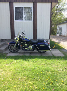2006 road King injection Bleue Perle