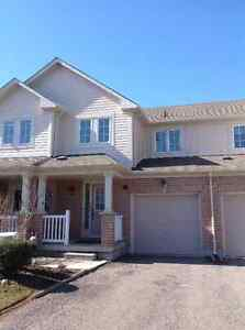 Townhome-Townline and Bloor St. Fast 401/407 Access