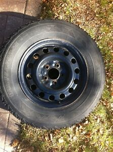 4 winter tires p215 70 r 15 Peterborough Peterborough Area image 3