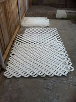 White vinyl lattice