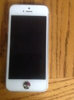 iPhone 5 16gb - locked to Rogers
