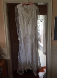 Hand made simple wedding dress