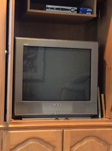 "Sony, Trinitron 27"" excellent working condition!"