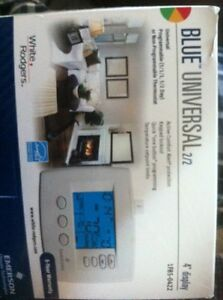 Programmable thermostat Cambridge Kitchener Area image 1