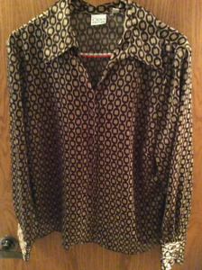 Women's Long Sleeved Button Up Shirts