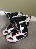 BRAND NEW SIZE 8 SIMS SNOWBOARDING BOOTS