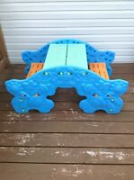 Table/teeter totter
