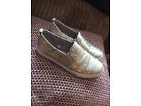 Size 4 eee (extra wide) sparkly pumps - gorgeous!! Worn once £7