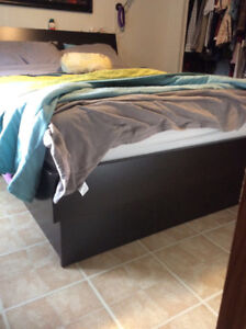 Queen Size bed with drawers and storage