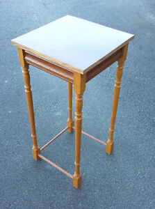 Flower Accent Table Cambridge Kitchener Area image 2