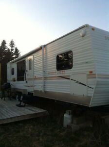 REDUCED AGAIN!!  2009 Sunset Creek Travel Trailer